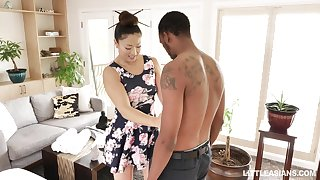 Japanese erotic massage with happy ending by remarkable masseuse Nyomi Star