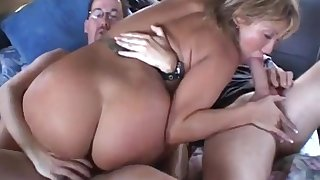 Motor Gangbang and double penetration