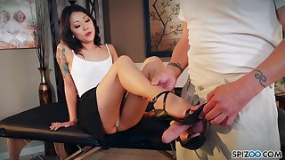 Nude Korean Saya Song gives a footjob and blowjob beside play a joke on married man