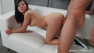 Jasmine Grey goes on her knees to speak with cum on her face